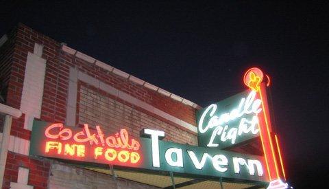 Chef's Favorite Dive Bars (Thrillist)